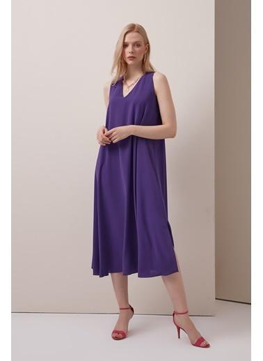 Gusto Kadın Mor V Yakalı Uzun  Elbise 21YG003324 Mor